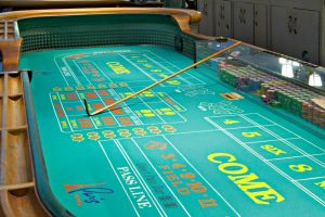 Paris-Las-Vegas-Gaming-Table-Games-Craps-1