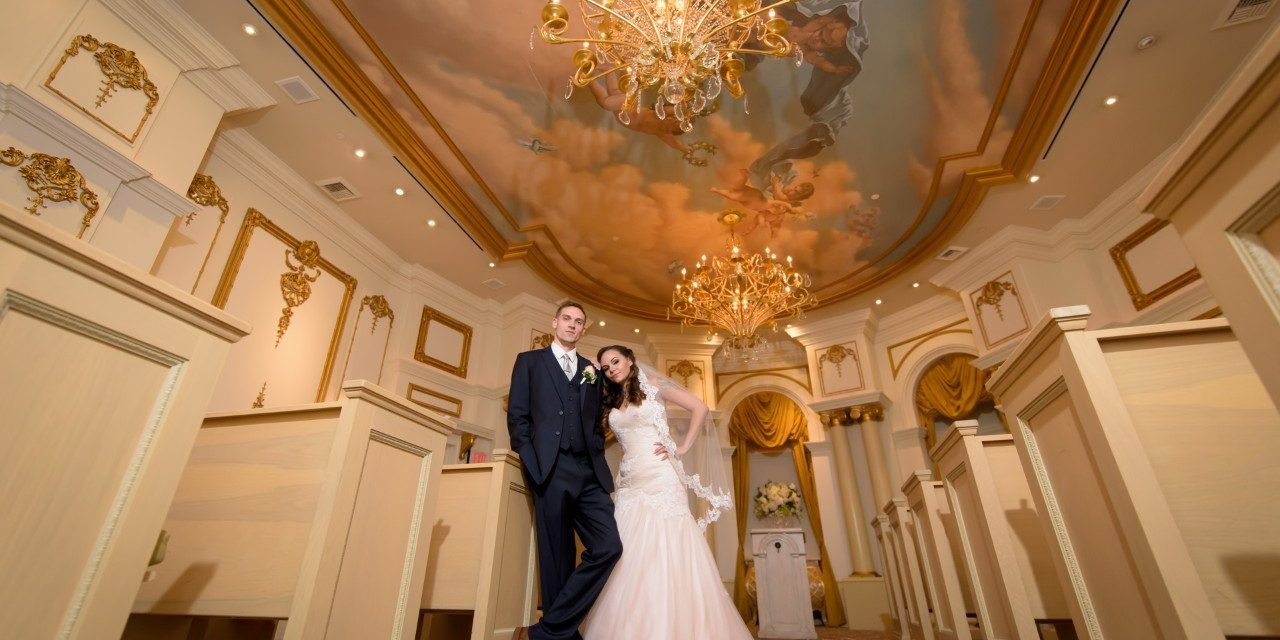 Paris Las Vegas Wedding Packages  Bilders