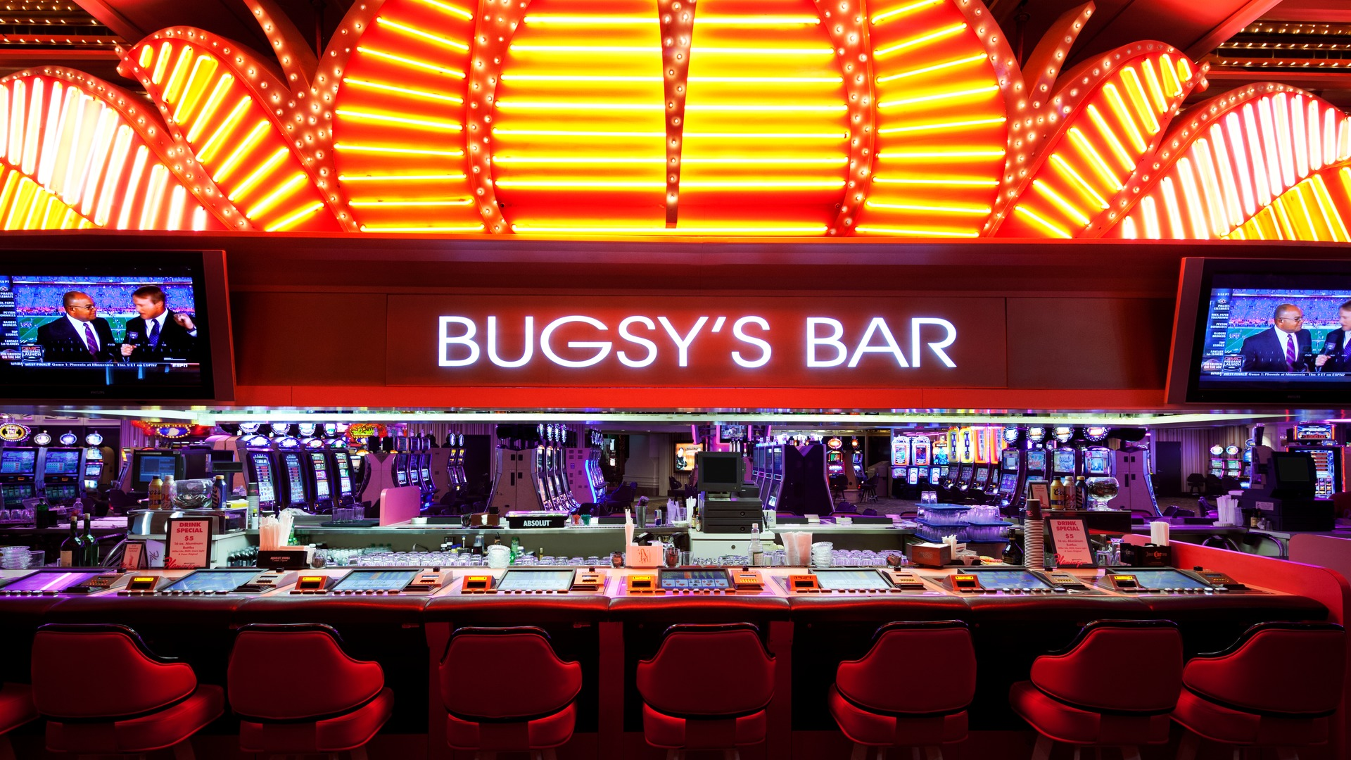 how to get into the best las vegas nightclubs