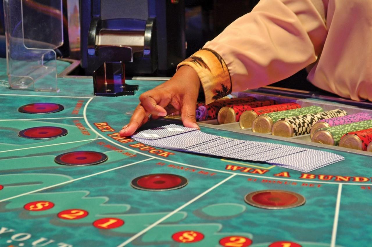 Hawaiian gardens casino poker tournament schedule mirage casino strip club