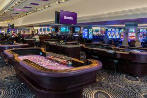 Harrahs-Las Vegas-Gaming-Table-Games-2