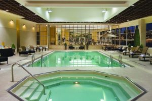 Caesars-Windsor-Property-Amenities-Fitness-Pool-1