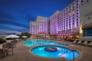 Harrahs-Gulf Coast-Art-Coverflow-Pool-exterior