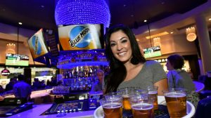 planet hollywood sports betting
