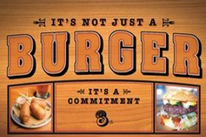Horseshoe-Bossier City-Dining-Upscale-8oz_Burger_Bar-2
