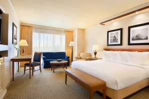 Harrahs-N. Kansas City-Rooms-Standard-Room-Premium King-1