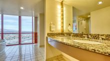 Rio-All-Suites Hotel & Casino-Room-Suite-Masquerade-Suite-2