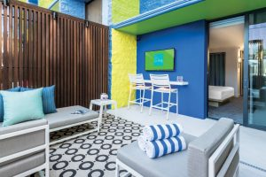 The-LINQ-Room-Suite-Cabana-6