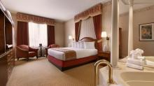 Tunica-Roadhouse-Room-Deluxe-King-Luxury-Suite-2